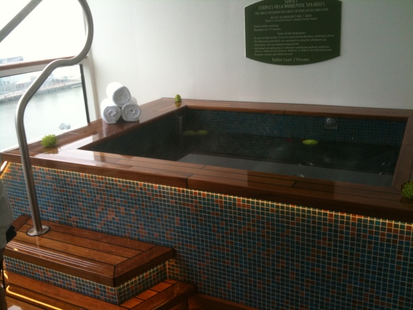 Private Jacuzzi in the Couple's Villa - Disney Fantasy