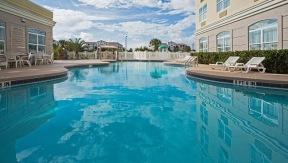 Pool at Country Inn and Suites Cape Canaveral