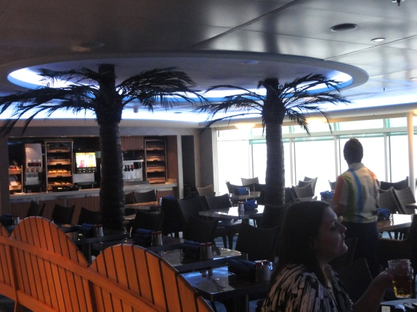 Indoor dining room Cabanas Disney Dream