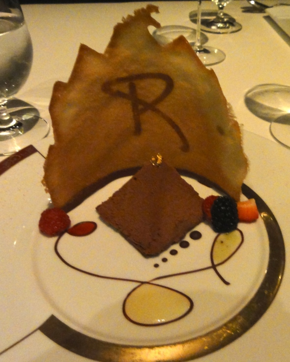 Chocolate mousse pyramid, Remy